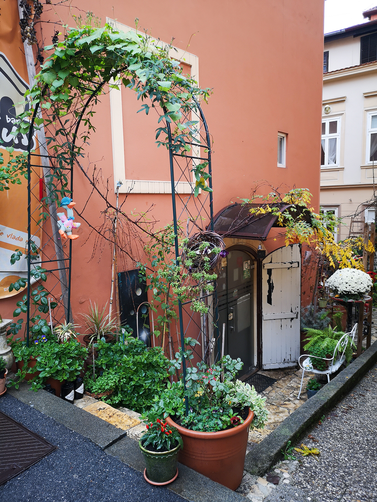Urban Jungle Bloggers - Green Zagreb Travel Guide